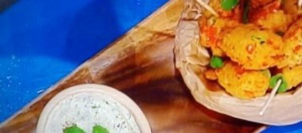 Keftedes con salsa labneh di Andrea Mainardi