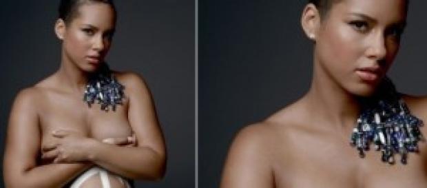 Alicia Keys incinta e nuda per contro la guerra