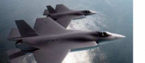 F35 in volo di ricognizione