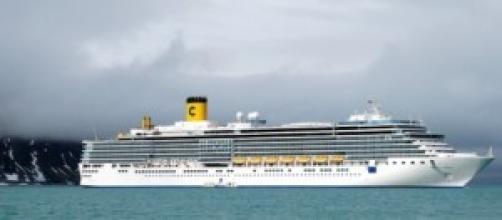 Una nave della costa crociere