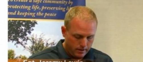 Il Sergente Jeremy Lewis della Polizia di Moore