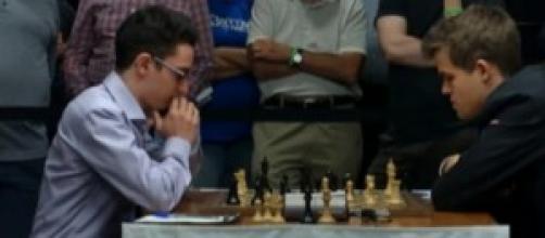 Fabiano Caruana batte Magnus Carlsen