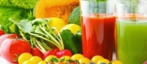Variedade de frutas e vegetais.