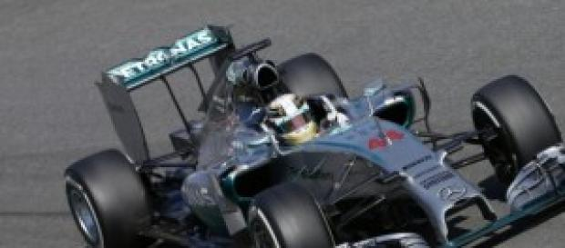 Lewis Hamilton vencedor de la carrera