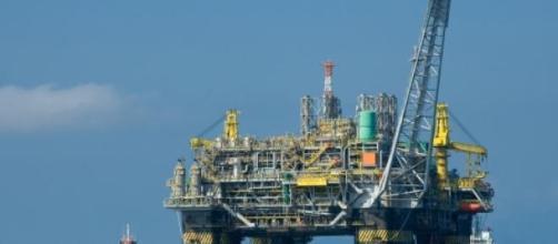 Plataforma de extracción de petróleo