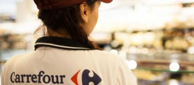 3.000 empleos para jóvenes en Carrefour