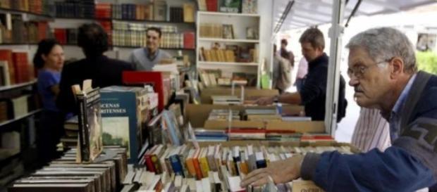 Casetas de una Feria de Libro