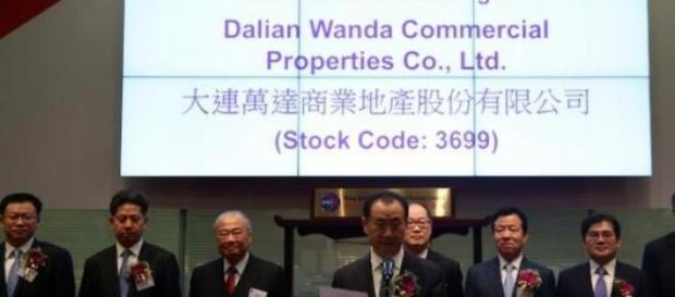 Le géant de l'immobilier chinois plonge en bourse