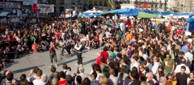 Miles de personas en la 'Marcha a Moncloa'