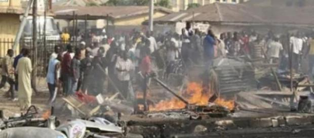 Attentato Kamikaze attribuito ai Boko Haram