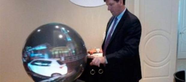 bolul de cristal a devenit televizor