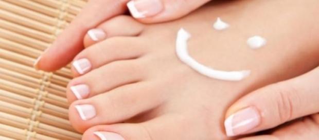 Crema minune pentru picioarele tale