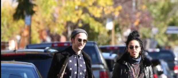 Pattinson y FKA Twings de paseo