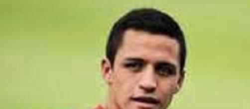 Alexis Sanchez double helped Arsenal beat Stoke