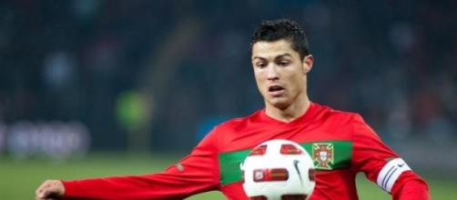 Cristiano Ronaldo vence 3ª Bola de Ouro...