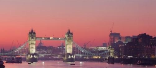 London Thames Sunset panorama