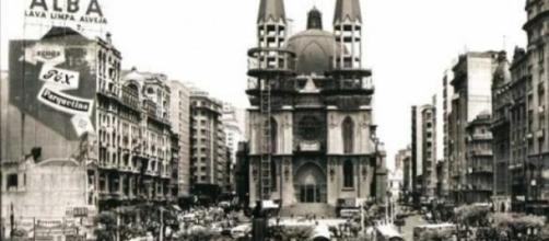 Praça da Sé, nos anos 1940