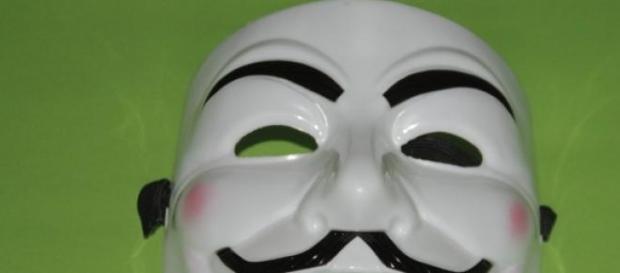 Massacro Charlie Hebdo: il messaggio di Anonymous