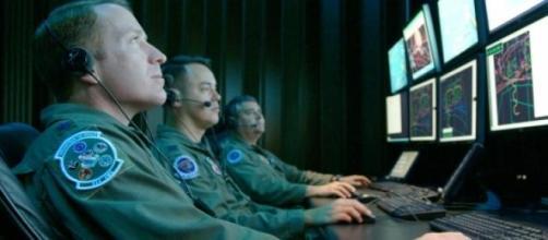 Militares americanos en labores de monitoreo