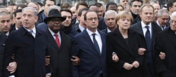 Figuras políticas en la megamarcha en París