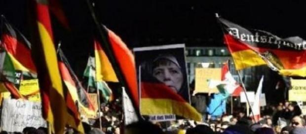 manifestants allemands contre l'Islamophobie