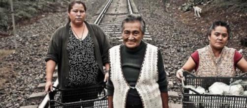Ces femmes donnent 300 sacs quotidiennement.