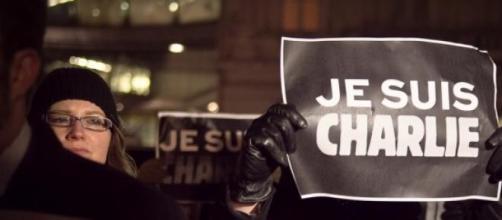 Rescaldo dos atentados ao Charlie Hebdo continua.