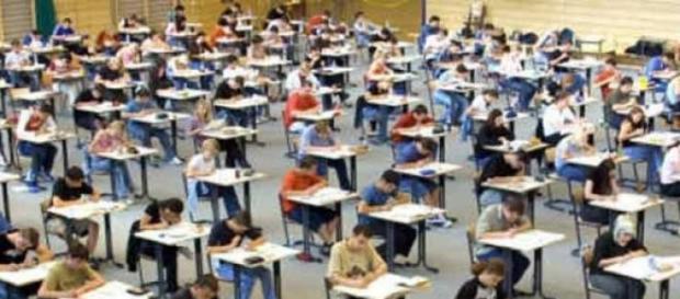 Studenti alle prese col test