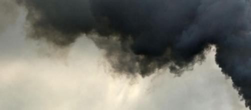 Poluição atmosférica (Fonte: publico.pt).