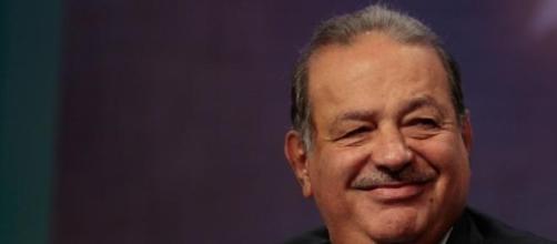 Carlos slim possède près de 17% du NYTimes.