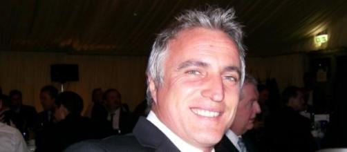 Ginola à la tête de la FIFA, une bonne idée ?