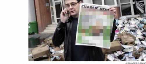 Image floutée de la une de Charlie Hebdo