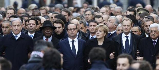Staatschefs beim Marsch in Paris