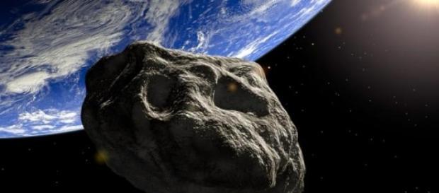 Un asteroid se apropie de Pamant