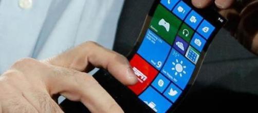 Samsung flexible estará a la venta este año