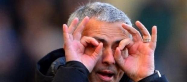 Mourinho critica Manchester City