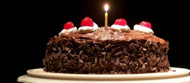Massa básica para bolos e tortas. Ela é simples, fácil, barata e muito gostosa.