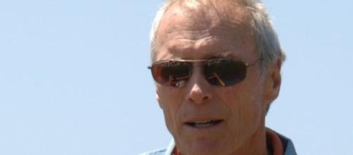 "Clint Eastwood triunfa con ""American Sniper"""