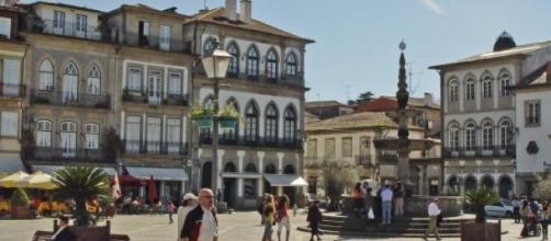 Principal praça de Ponte de Lima.
