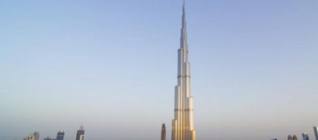 Dinero a las alturas. La torre más alta del mundo