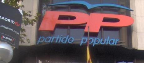 """Rafael Hernando da un aire de """"renovación"""" al PP"""