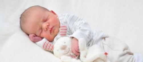 Bebé abandonado em Setúbal