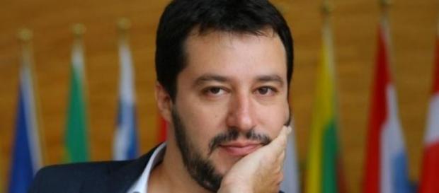 Gossip e tv: Matteo Salvini flirta con Isoardi?
