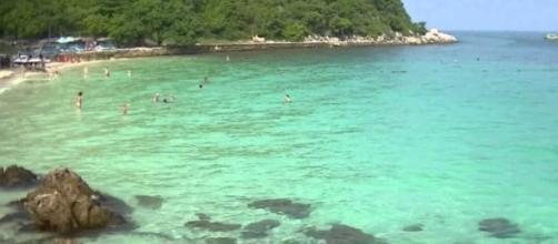 Uma das praias em Chon buri