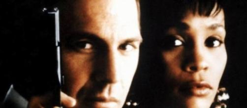 Whitney Houston e Kevin Costner em O Guarda-Costas