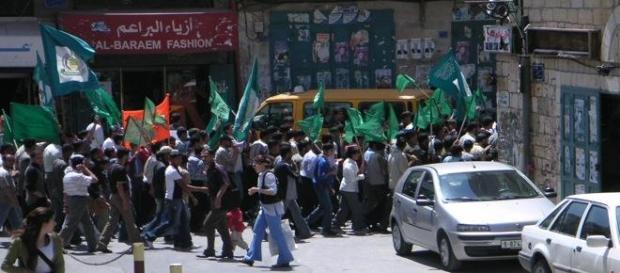 Hamas-UE : drapeau vert sur liste noire ?