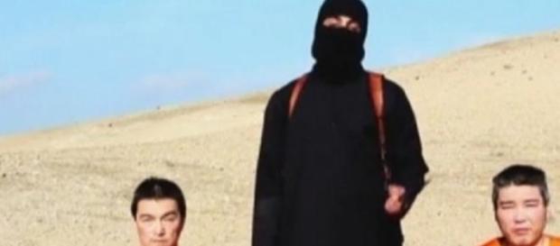I due ostaggi giapponesi nel nuovo video dell'Isis