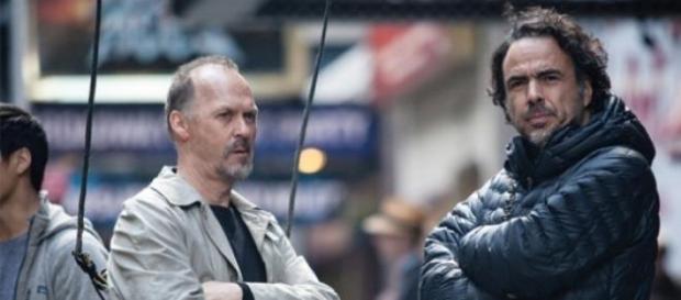Iñárritu e Michael Keaton durante as filmagens