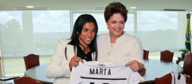 Marta é estrela mundial, mas Blatter não a conhece