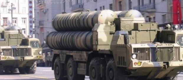 Rússia e Irão retomam aliança militar.